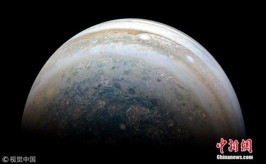 科学家在木卫二上发现可食用盐 或能孕育