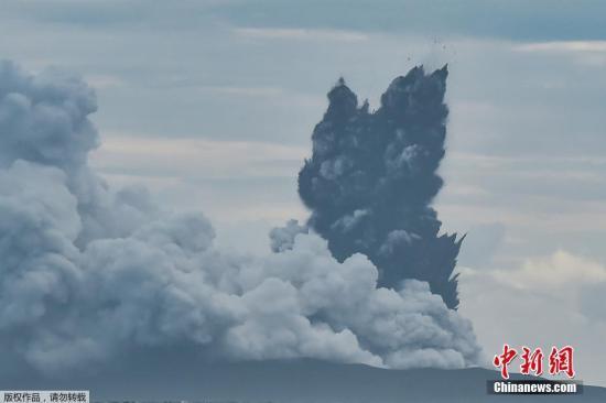 印度尼西亚抗灾署28日通报说,印尼巽他海峡海啸受伤人数从此前的1459人大幅上升至7202人,死亡人数由此前的430人修正为426人,目前仍有23人失踪,另有4万多人撤离。