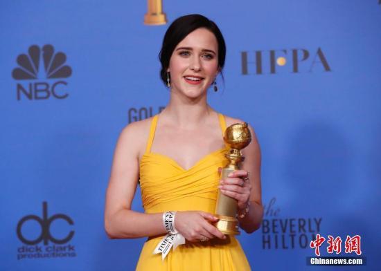 第76届美国电影电视金球奖颁奖礼在洛杉矶举行。金球奖音乐喜剧剧集最佳女主角:蕾切尔·布罗斯纳罕《了不起的麦瑟尔夫人》 。