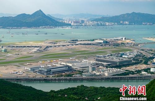 材料图:喷鼻港国际机场。a target='_blank' href='http://www.chinanews.com/'中新社/a记者 张炜 摄