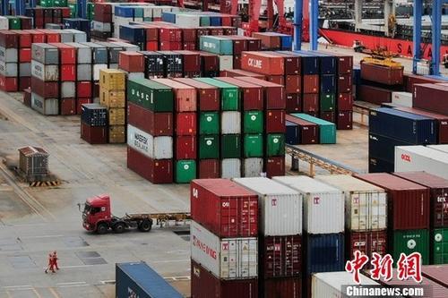 上半年服务贸易在对外贸易中占比提高 知识密集型服务表现抢眼