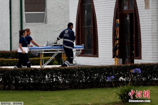 哥伦比亚一警察学院发生汽车炸弹爆炸 80公斤炸药引爆。