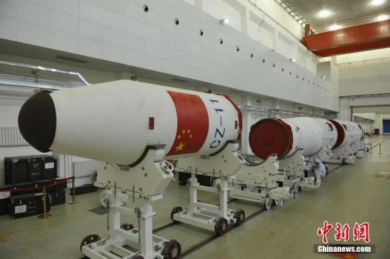 图为执行本次一箭四星发射任务的长征十一号运载火箭,发射之前进行相关测试。石立群 摄 (中国运载火箭技术研究院/供图)
