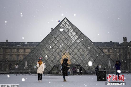資料圖片:法國盧浮宮。