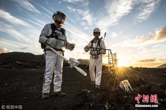 俄院士:俄计划2027年将月球低温土壤取样运回地球