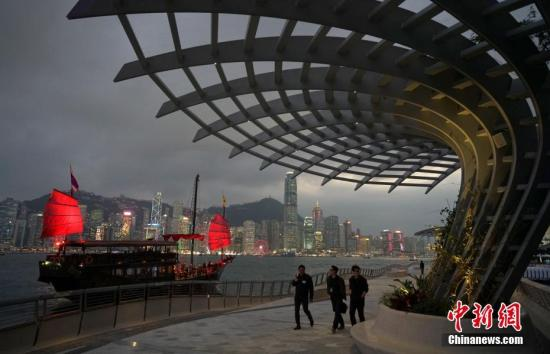 香港旅发局:8月上半月访港旅客急跌3成