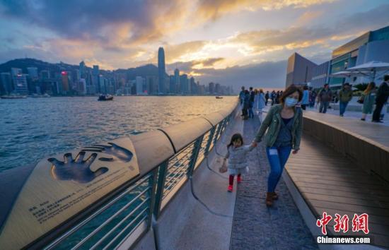 暴力沖擊重創香港旅遊經濟 酒店減價業界或現裁員潮