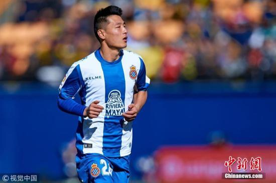 资料图:武磊代表西班牙人出战西甲联赛。 图片来源:视觉中国