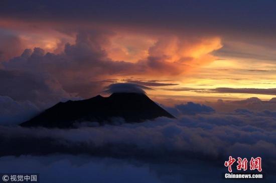 资料图:印度尼西亚日惹,默拉皮火山。图片来源:视觉中国