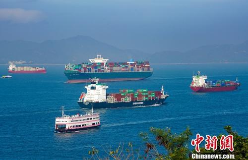 繁忙,香港航道,。中新社记者 张炜 摄