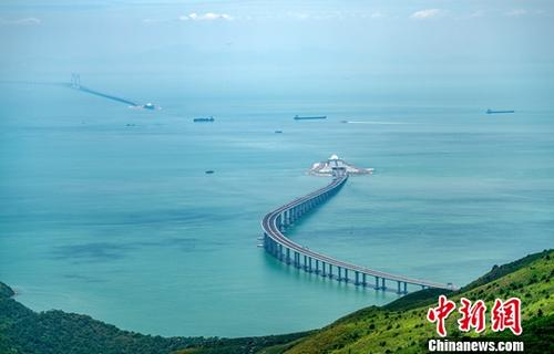 China to advance Guangdong-Hong Kong-Macao cooperation platforms