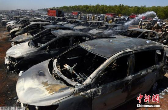 印度航空展事故频传:停车场大火致300辆车被烧毁