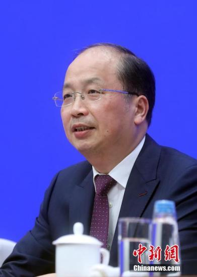 资料图:中国证监会主席易会满。/p中新社记者 张宇 摄