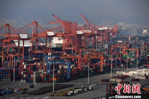 年中经济观察:世界更加依赖中国经济意味着什么?