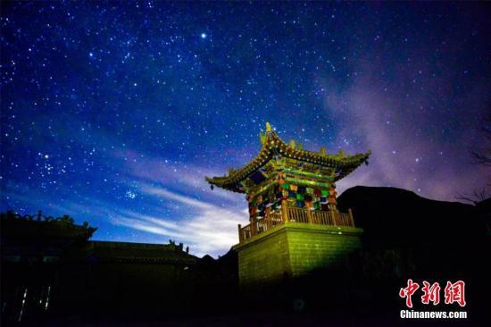 资料图:星空。王斌银 摄