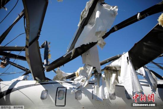 特朗普赴阿拉巴马州视察灾区