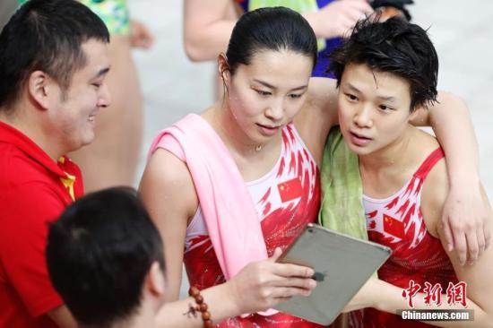 中国选手施廷懋/王涵。(资料图)中新社记者 韩海丹 摄