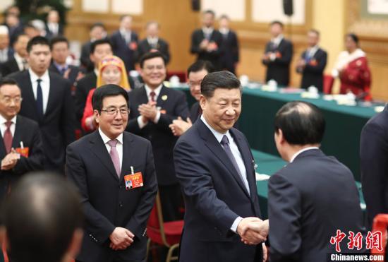 3月7日,中共中央总书记国家主席中央军委主席习近平参加十三届全国人大二次会议甘肃代表团的审议。中新社记者 盛佳鹏 摄