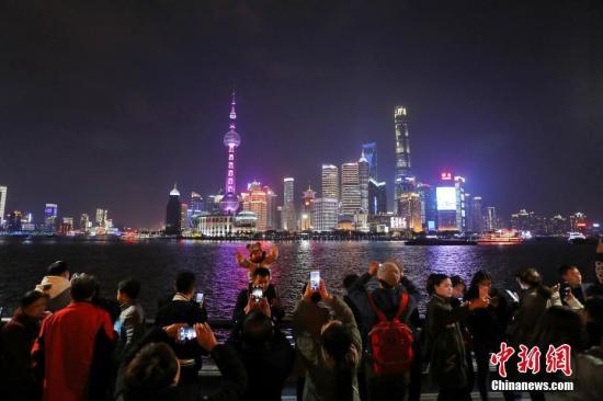 资料图 上海东方明珠 张亨伟 摄