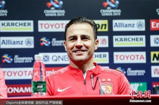 资料图:目前,卡纳瓦罗依然担任广州恒大俱乐部主帅一职,此番成为国足主帅后,他将双线带队作战。 图片来源:Osports全体育图片社