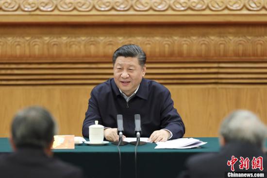 3月18日,中共中央总书记、国家主席、中央军委主席习近平在北京主持召开学校思想政治理论课教师座谈会并发表重要讲话。中新社记者 盛佳鹏 摄