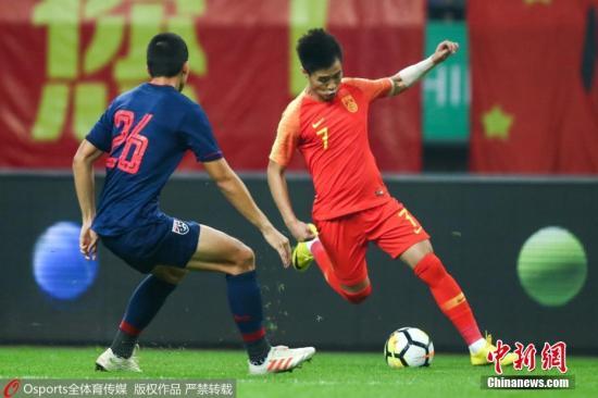 """""""95后""""小将尚未在国足有过太多表现,资料图为韦世豪在与泰国的中国杯比赛中。 图片来源:Osports全体育图片社"""