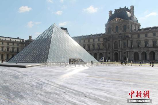 本地工夫3月29日,法国迎去卢浮宫玻璃金字塔进口完工30周年。a target='_blank' href='http://www.chinanews.com/'种孤社/a记者 李洋 摄