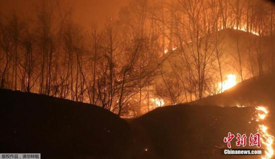 韩国发生大规模山火疏散数千人