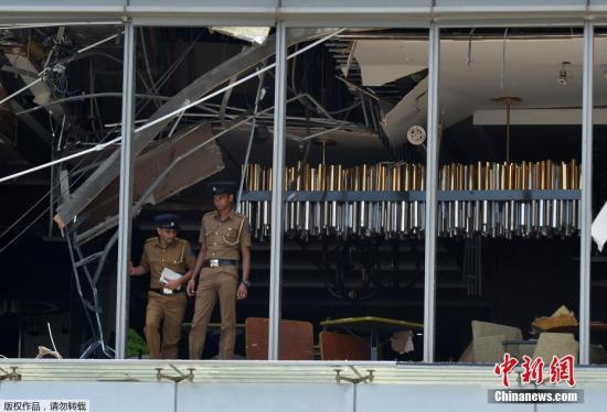 斯里兰卡多只教堂和高级酒店4月21天复活节当天来爆裂,都造成数百口伤亡。现阶段没有组织要个人宣称对爆炸案负责,斯里兰卡安全领导正进行调查,部维克勒马辛哈谴责了一连串爆炸案,举行紧急会议对。希冀为警方以斯里兰卡首都科伦坡发生爆裂的小吃摊进行考察。