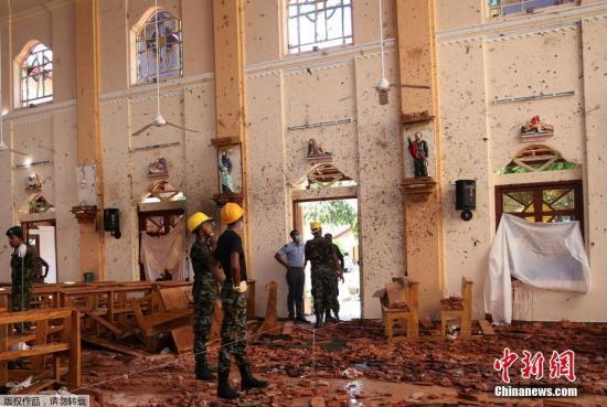 据报导,4月21日新生节当天,斯里兰卡发作连环炸弹爆炸盎霈3座教堂战4家旅店前后逢袭,还有一所平易近宅正在警圆进进搜寻时发作爆至古,连环爆炸已夺走290条性命,还有超越500人受伤。