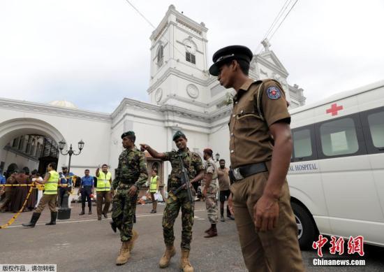 """斯里兰卡男子因教堂人多而""""转场""""幸运躲过爆炸案"""