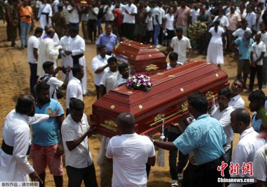 外媒:斯里兰卡连环爆炸案遇难人数升至321人