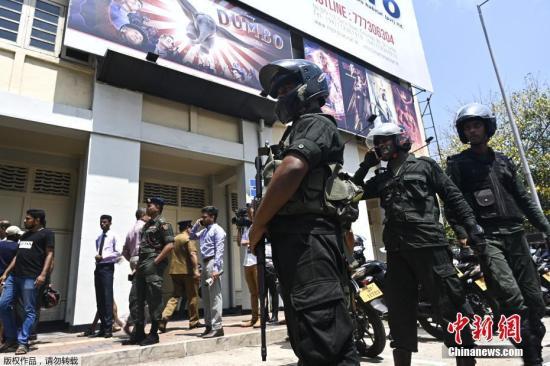 斯里兰卡军方与恐怖分子在东部一城市发_斯里兰卡-科伦坡-受控-