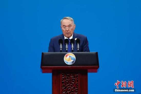俄媒:普京致电纳扎尔巴耶夫 祝愿其早日康复