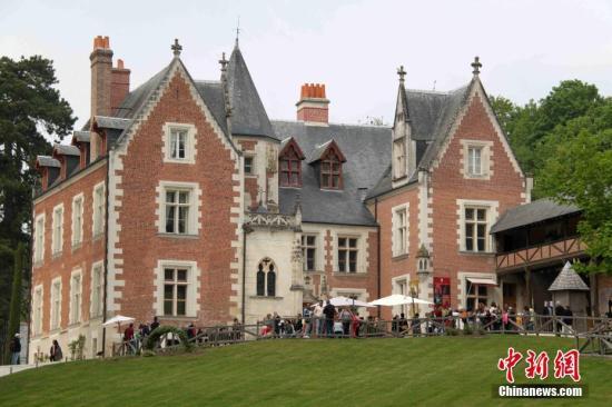 涉嫌破坏达·芬奇最后故居 法城堡主人出庭受审