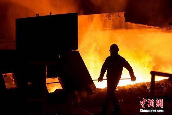 中钢协何文波:前五个月钢铁产量的增量98%用在国内需求上