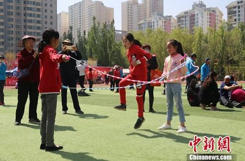 """高质量""""15分钟健身圈""""涌现 中国人更爱运动了!"""