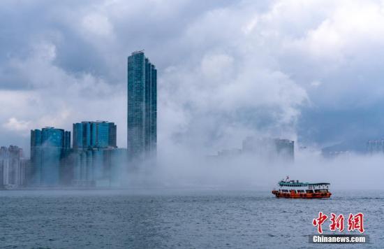 原料图:香港维众利亚港。中新社记者 张炜 摄