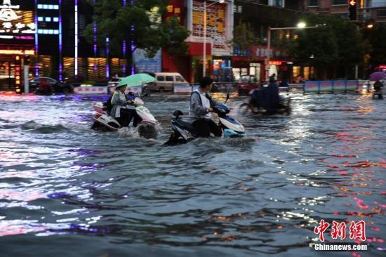 贵州广西等多地有强降雨 华北黄淮等地将有高温天气