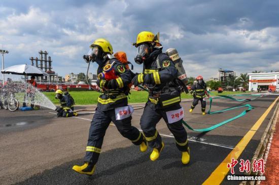消防救援队伍转制后任务量大增 应急管理部谈应对