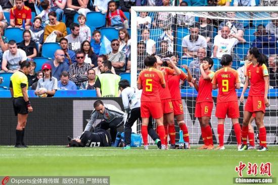 资料图:在与西班牙的比赛中,彭诗梦的神奇发挥力保球门不失,在淘汰赛阶段,她能延续神奇发挥吗?图片来源:Osports全体育图片社