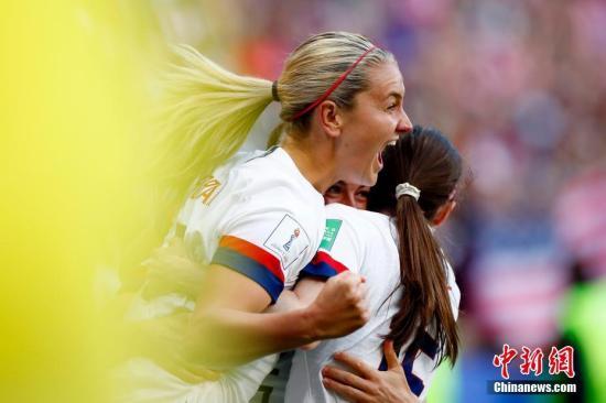 3夺世界杯的美国队依然处在一流球队行列。(资料图) <a target='_blank' href='http://gastronomygal.com/'>中新社</a>记者 富田 摄