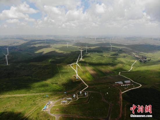 中国2020年可再生能源发电量2.2万亿千瓦时 减污降碳成效显著