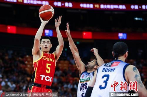 """""""方硕杯""""以北京队球星方硕的名字命名。(资料图:方硕在比赛中。图片来源:Osports全体育图片社)"""
