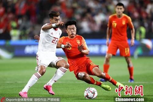 资料图:中国男足在比赛中。图片来源:Osports全体育图片社