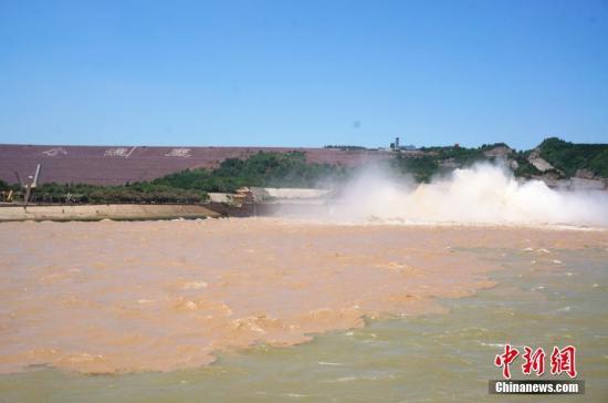 材料图:本年黄河2号大水于7月3日构成。韩章云 摄