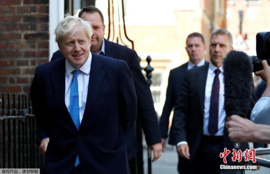 资料图片:英国首相约翰逊。
