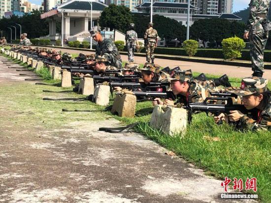 澳门学生军事营闭幕 150名学生完成难忘军事之旅