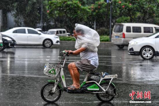 暴雨蓝色预警:四川甘肃陕西等14省份有大到暴雨