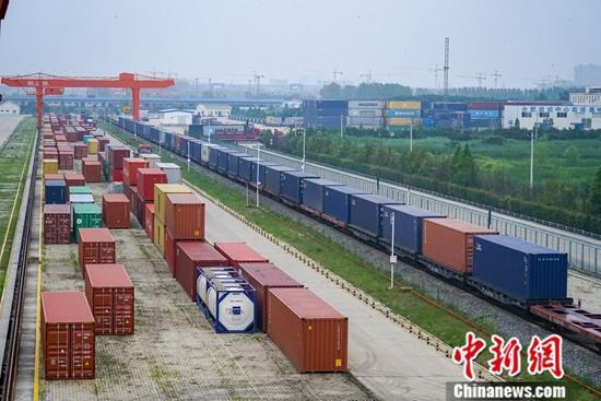 中国最大陆路口岸2019年进出境中欧班列达2167列